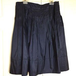 NEW W TAGS   Talbots Silk Navy Skirt   Size 16